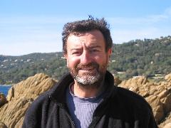 Frederic BRUNET DEBAINES - guide Huwans - Provence -